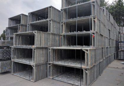 Gebrauchtes 459m² Hünnebeck Bosta Gerüst inkl. 3m Stahlböden auf geruest.com kaufen