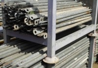 Plettac Rückengeländer SL 200 20 Stück für Fassadengerüst gebraucht auf geruest.com kaufen