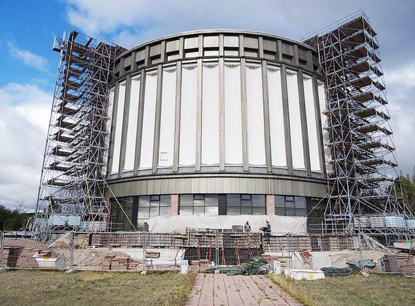 Insgesamt wurden 2870 m³ Arbeits- und Schutzgerüst in Form von zwei freistehenden Gerüsttürmen mit einer Standhöhe von 28 m verbaut News_20170904 geruest.com