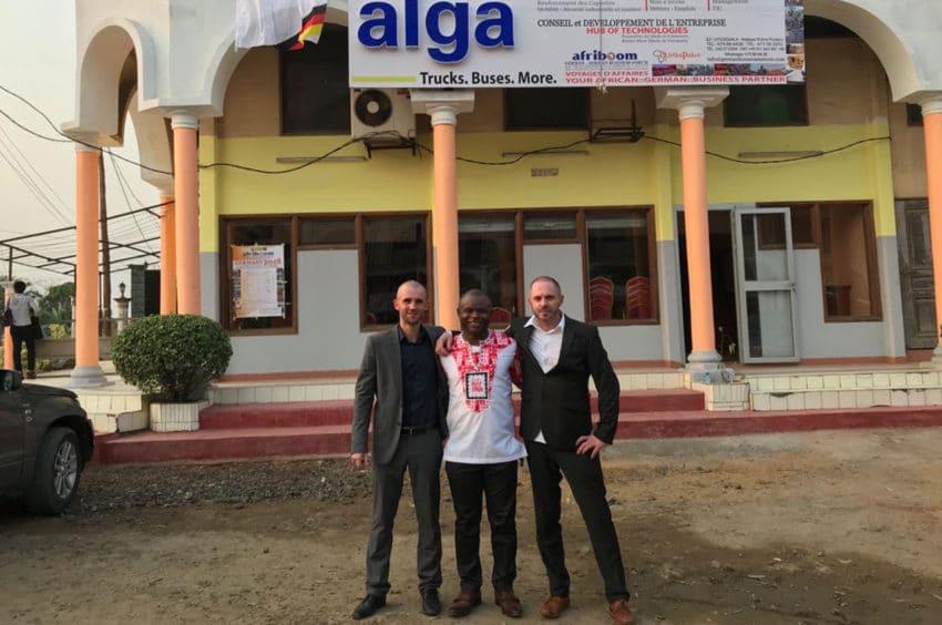Vetreter der cetrac GmbH und von geruest.com folgten einer Einladung nach Kamerun