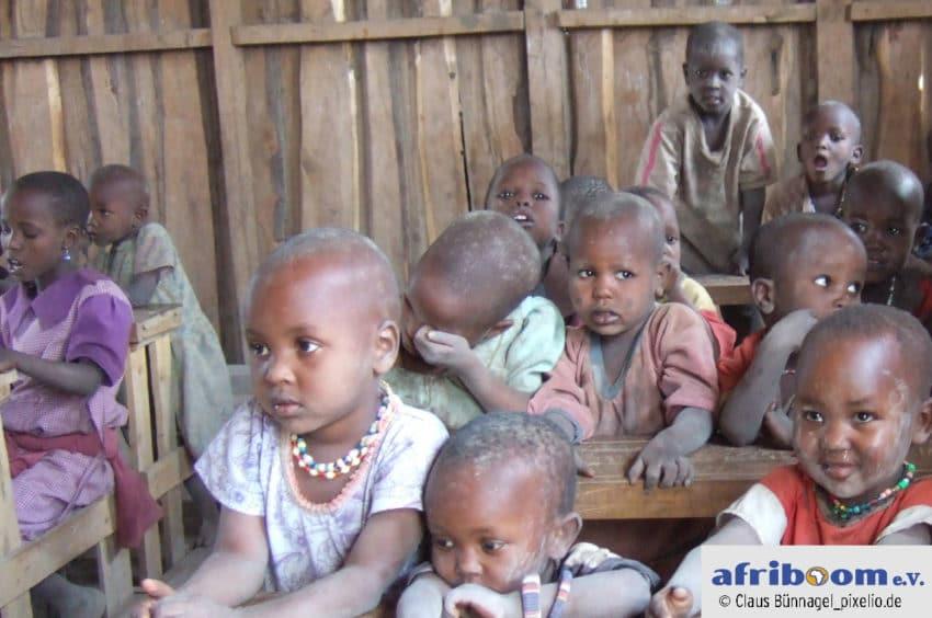 Unser Sozialprojekt wird der Bau einer Schule sein, das wir von geruest.com unterstützen werden.