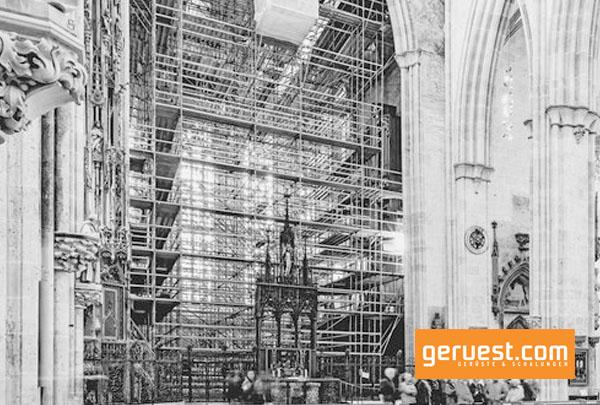 Der Chorraum des Ulmer Münsters war während der Sanierungsarbeiten ein knappes Jahr lang für die Besucher nicht zugänglich