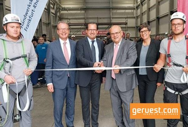 Die Handwerkskammer Frankfurt-Rhein-Main hat in ihrem Weiterstädter Berufsbildungs- und Technologiezentrum nach rund zweijähriger Bauzeit ihr neues Gerüstbau-Schulungszentrum eröffnet