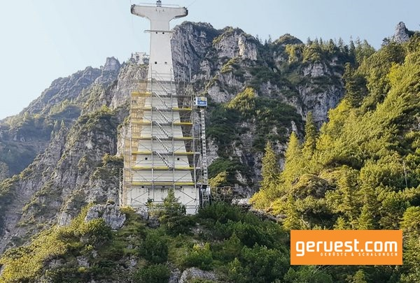 Hünnebeck Gerüstbau extrem für die älteste Großkabinenseilbahn der Welt