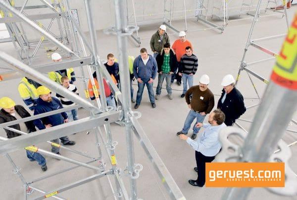 Peri hat für den Infomationsaustauch im Gerüstbau ein umfangreiches Schulungs- und Seminarprogramm entwickelt