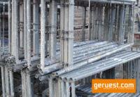 Vertikalrahmen_ Plettac SL Gerüst 31 qm mit 2,50 m Holzbelägen