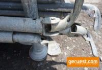 verstellbare Geländer 1,57 - 2,57 m _ Layher Gerüstteile
